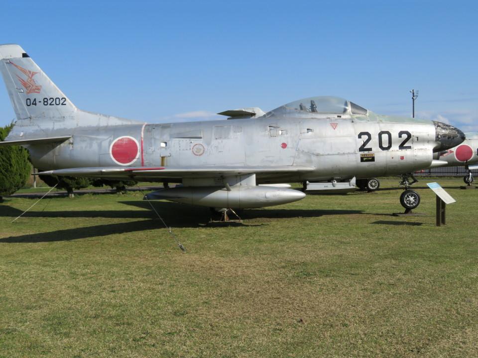 7915さんの航空自衛隊 North American F-86 Sabre (04-8202) 航空フォト