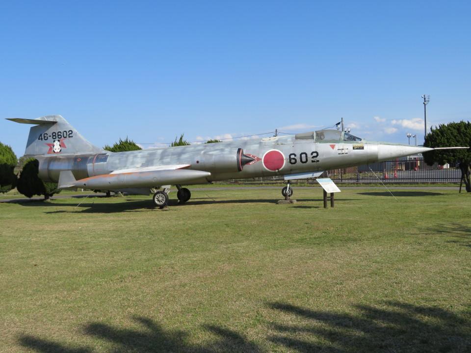 7915さんの航空自衛隊 Mitsubishi F-104 (46-8602) 航空フォト