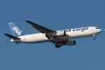 木人さんが、成田国際空港で撮影した全日空 767-381/ER(BCF)の航空フォト(写真)