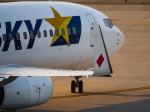 名無しの権兵衛さんが、神戸空港で撮影したスカイマーク 737-8FZの航空フォト(写真)