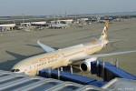 やまちゃんKさんが、中部国際空港で撮影したエティハド航空 787-10の航空フォト(写真)
