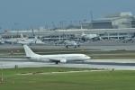 うめたろうさんが、那覇空港で撮影したCSDSエアクラフト・セールス・アンド・リーシング 737-446の航空フォト(写真)