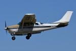 =JAかみんD=さんが、調布飛行場で撮影した共立航空撮影 TU206G Turbo Stationair 6の航空フォト(写真)
