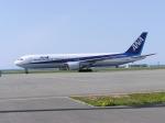 nh002nrtiadさんが、稚内空港で撮影した全日空 767-381の航空フォト(写真)