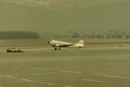 ヒロリンさんが、ジュネーヴ・コアントラン国際空港で撮影したCLASSIC  AIR DC-3の航空フォト(飛行機 写真・画像)