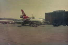 ヒロリンさんが、ジュネーヴ・コアントラン国際空港で撮影したスイス航空 DC-10-30/ERの航空フォト(飛行機 写真・画像)