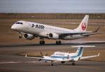 ケロさんが、新潟空港で撮影したジェイ・エア ERJ-190-100(ERJ-190STD)の航空フォト(写真)