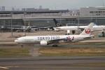 AXT747HNDさんが、羽田空港で撮影した日本航空 777-246の航空フォト(写真)