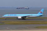 やつはしさんが、羽田空港で撮影した大韓航空 777-3B5の航空フォト(写真)