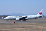mojioさんが、新千歳空港で撮影した日本航空 777-289の航空フォト(写真)