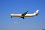 tsubameさんが、福岡空港で撮影した日本航空 767-346の航空フォト(写真)