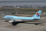 AXT747HNDさんが、羽田空港で撮影した大韓航空 747-4B5の航空フォト(写真)