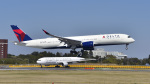 パンダさんが、成田国際空港で撮影したデルタ航空 A350-941XWBの航空フォト(写真)