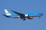 yabyanさんが、成田国際空港で撮影したKLMオランダ航空 777-206/ERの航空フォト(飛行機 写真・画像)