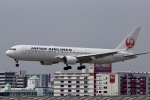 akinarin1989さんが、福岡空港で撮影した日本航空 767-346/ERの航空フォト(写真)