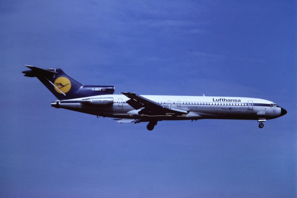tassさんのルフトハンザドイツ航空 Boeing 727-200 (D-ABKS) 航空フォト
