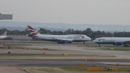 誘喜さんが、ロンドン・ヒースロー空港で撮影したブリティッシュ・エアウェイズ 747-436の航空フォト(飛行機 写真・画像)