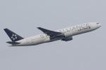 気分屋さんが、成田国際空港で撮影したユナイテッド航空 777-222/ERの航空フォト(飛行機 写真・画像)
