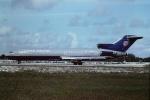 tassさんが、フォートローダーデール・ハリウッド国際空港で撮影したユナイテッド航空 727-222/Advの航空フォト(飛行機 写真・画像)