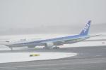 LEGACY-747さんが、新千歳空港で撮影した全日空 777-381の航空フォト(写真)