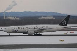 LEGACY-747さんが、新千歳空港で撮影した全日空 777-281の航空フォト(写真)