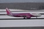 LEGACY-747さんが、新千歳空港で撮影したピーチ A320-214の航空フォト(飛行機 写真・画像)