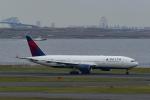 Mochi7D2さんが、羽田空港で撮影したデルタ航空 777-232/ERの航空フォト(写真)