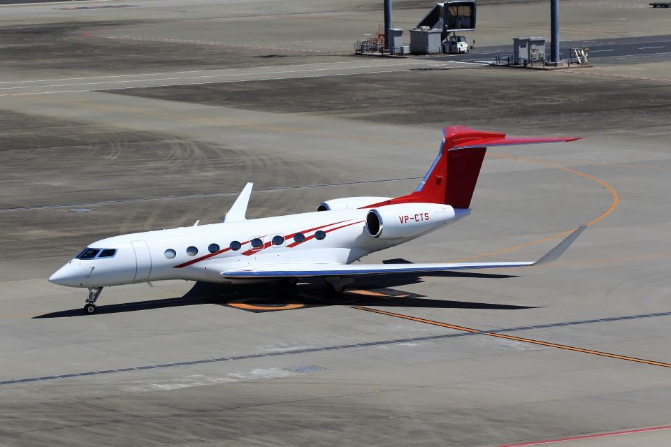 T.Sazenさんのプライベートエア Gulfstream Aerospace G650 (G-VI) (VP-CTS) 航空フォト