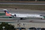 masa707さんが、ロサンゼルス国際空港で撮影したスカイウエスト CL-600-2C10 Regional Jet CRJ-700の航空フォト(写真)