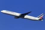 とらとらさんが、羽田空港で撮影したエールフランス航空 777-328/ERの航空フォト(写真)