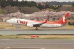 OMAさんが、成田国際空港で撮影したティーウェイ航空 737-8Q8の航空フォト(飛行機 写真・画像)