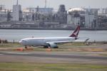 KAZFLYERさんが、羽田空港で撮影したキャセイドラゴン A330-343Xの航空フォト(飛行機 写真・画像)