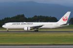 kuro2059さんが、鹿児島空港で撮影した日本航空 767-346/ERの航空フォト(飛行機 写真・画像)