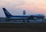 ひめままさんが、鹿児島空港で撮影した全日空 767-381の航空フォト(写真)