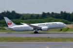 ぱん_くまさんが、成田国際空港で撮影した日本航空 787-8 Dreamlinerの航空フォト(写真)