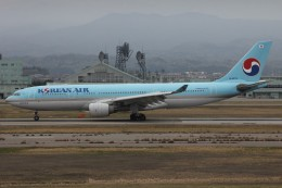 コギモニさんが、小松空港で撮影した大韓航空 A330-223の航空フォト(写真)