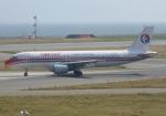 ふうちゃんさんが、関西国際空港で撮影した中国東方航空 A320-214の航空フォト(飛行機 写真・画像)