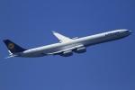 とらとらさんが、羽田空港で撮影したルフトハンザドイツ航空 A340-642の航空フォト(写真)