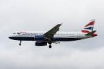 Koenig117さんが、ロンドン・ヒースロー空港で撮影したブリティッシュ・エアウェイズ A320-232の航空フォト(写真)