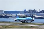T.Sazenさんが、羽田空港で撮影した大韓航空 747-4B5の航空フォト(写真)