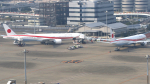 多摩川崎2Kさんが、羽田空港で撮影した航空自衛隊 777-3SB/ERの航空フォト(写真)