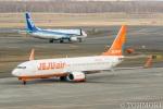 遠森一郎さんが、新千歳空港で撮影したチェジュ航空 737-8LCの航空フォト(写真)