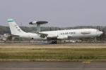 マリオ先輩さんが、横田基地で撮影したアメリカ空軍 E-3C Sentry (707-300)の航空フォト(写真)