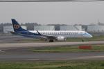ベリックさんが、成田国際空港で撮影したマンダリン航空 ERJ-190-100 IGW (ERJ-190AR)の航空フォト(写真)