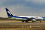 にしやんさんが、釧路空港で撮影した全日空 767-381の航空フォト(飛行機 写真・画像)