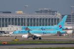 sg-driverさんが、福岡空港で撮影した大韓航空 A220-300 (BD-500-1A11)の航空フォト(写真)