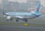 commet7575さんが、福岡空港で撮影した大韓航空 A220-300 (BD-500-1A11)の航空フォト(写真)