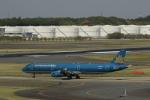 ☆ライダーさんが、成田国際空港で撮影したベトナム航空 A321-231の航空フォト(写真)