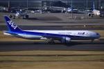 とらとらさんが、羽田空港で撮影した全日空 777-281の航空フォト(写真)