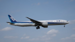 udaさんが、成田国際空港で撮影した全日空 777-381/ERの航空フォト(写真)